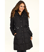 Again, same model as above- the belted coat just makes her look thinner.