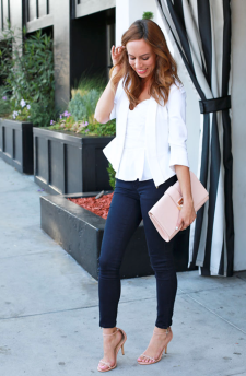 fe3f6f1ed465 A camisole, blazer and skinny cropped jeans is a very classic look. And  again with the neutral heels. Photo cred: SydneStyle.com